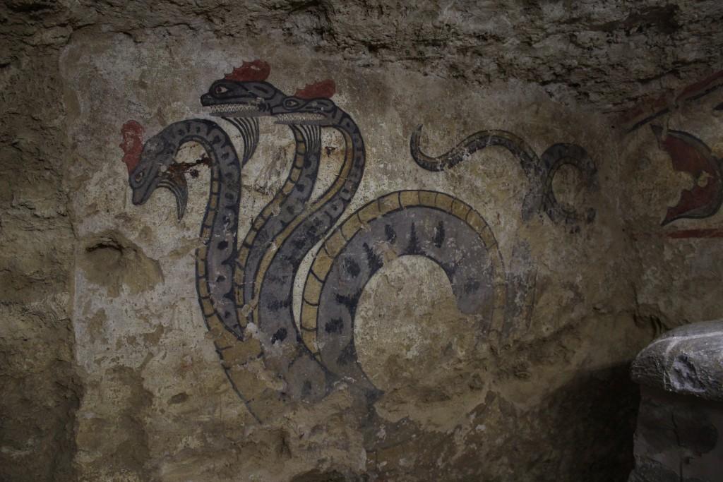 Kolmipäinen käärme