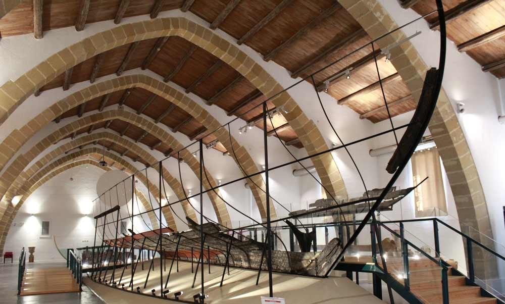 Foinikialaisen laivan rekonstruktio
