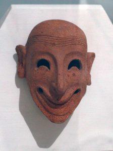 Foinikialainen naamio, joka on löydetty Motyan saarelta tophet-uhritemppelin paikalta