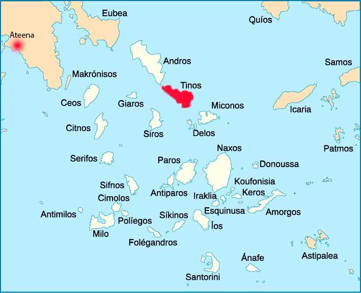 Kykladit kartalla, Tinos punaisella. Kartta: Wikimedia Commons.