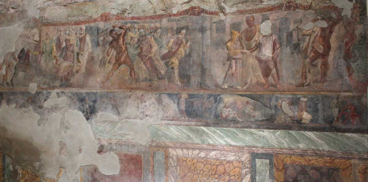 Troijan sotaa esittävä seinämaalaus.
