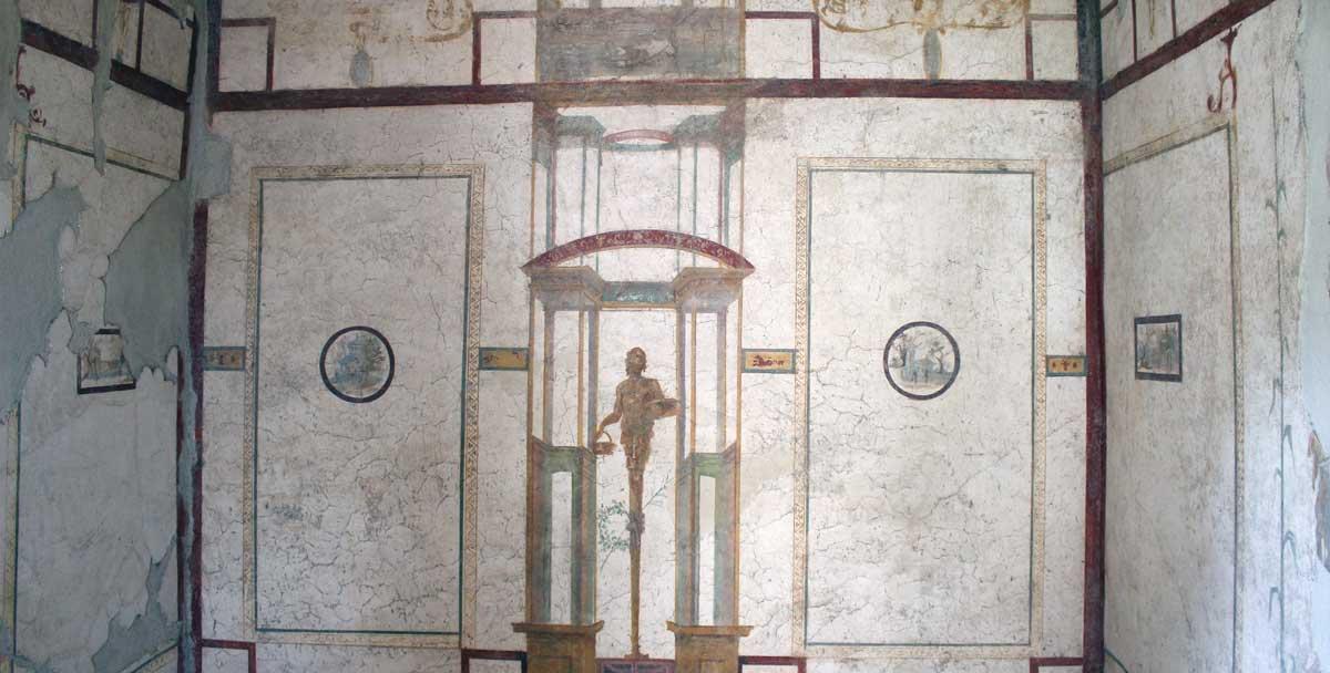 Valkopohjainen seinämaalaus Octavius Quartion talosta.